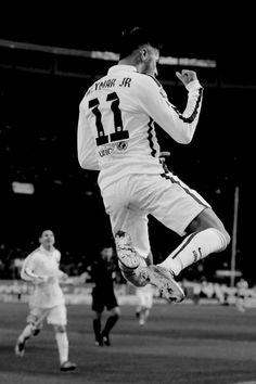 Neymar Jr. Neymar Jr, Football Photos, Football Soccer, Soccer League, Football Players, Fc Barcalona, Fc Barcelona Neymar, Soccer Guys, European Football