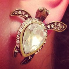 @M.'s sea turtle studs!!  love these... I have a ring that is exactly like this!! so cool!