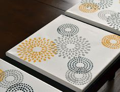 Need to make these for the guest bedroom...the colors would match perfectly
