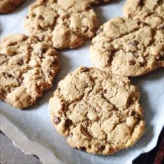 Paleo'ish on a Dime: Tiger Nut Chocolate Chip Cookies (Paleo / Vegan / AIP / Nut-free / Coconut-free)