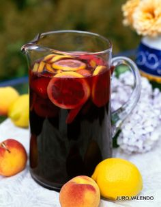 Recipe for Sangria. Sangira is very popular with people on holiday in Spain. It is usually served in big jugs full of chunks of fruit and ice. There are literally hundreds of different recipes for Sangria. Moscato Sangria, Red Wine Sangria, Red Moscato, Fall Sangria, Peach Sangria, White Sangria, Fun Drinks, Yummy Drinks, Beverages