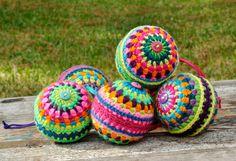 Crochet Christmas Balls - I used a styrofoam ball. Pattern to buy: https://www.etsy.com/listing/88744906/crochet-pattern-colorful-christmasball?