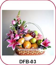 Fruit and Flower Basket - Florist Jakarta - Online Flower Shop :: Hotline 021-60503980, 021-94229037, Pin BB: 320F2810