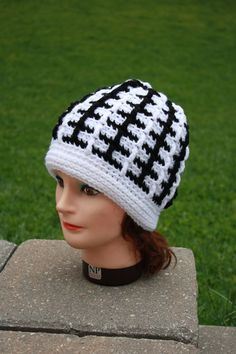 Man Crochet Hat,Man Crochet Beanie,White and Black Crochet Hat,Unisex Crochet Hat,Men's Crochet Beanie,Crochet Beanie,Mens Hat,Crochet Hat