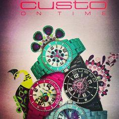Nueva colección de Custo on time para primavera....llega el color!!!
