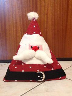 BABBO NATALE FERMA-PORTA Un simpaticissimo addobbo natalizio per tenere ferme le porte di casa