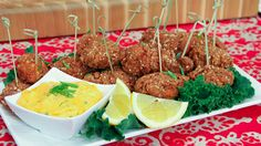 Super Seedy Chicken Bites - Steven and Chris Chicken Nuggets, Chicken Bites, Cold Appetizers, Appetizers For Party, Appetizer Recipes, My Recipes, Favorite Recipes, Healthy Recipes, Chicken Recipes