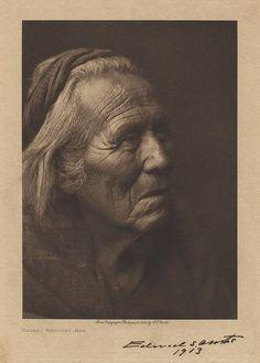 * Indian Navaho * Medicine Man.  c.1904. (by Edward S. Curtis).