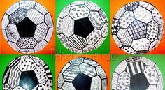 WK voetbal 2010 ballen, door leerlingen van groep 6 Met de finale van de WK voetbal voor ons, nog een mooie tekenles die ik kreeg van colleg...