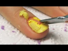 Usuwanie LAKIERU HYBRYDOWEGO CND Shellac | How to remove CND shellac tutorial [paznokcie hybrydowe] - YouTube Remove Shellac, Shellac Nails, Manicure, Nail Tutorials, Nail Tech, How To Remove, Nail Art, Hairstyle, Food