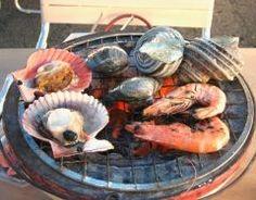 よしうみいきいき館は目の前が海の潮風が気持ち良い道の駅です 目の前に広がる瀬戸内海と並ぶ漁船の風景はのどかな港を感じますね こちらの目玉は牡蠣やサザエエビにイカはまぐりホタテやその他海産物の七輪バーベキュー 好きな物をセルフで取って自分たちで焼くというスタイルで美味しい海の幸を最高の状態で召し上がる事ができます() 普通の道の駅では体験ができないこの贅沢なBBQぜひぜひお楽しみください #今治 #しまなみ #BBQ #海産物 #海の幸 #愛媛 #道の駅 #瀬戸内海 #美味しい #海 tags[愛媛県]