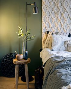 The Best 2019 Interior Design Trends - Interior Design Ideas 3 Living Rooms, Home And Living, Living Room Decor, Bedroom Decor, Guest Bedrooms, Master Bedroom, Bedroom Green, Room Planning, Bedroom Styles