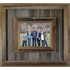 Western Picture Frames, Reclaimed Wood Picture Frames, Barn Wood Picture Frames, Rustic Frames, Picture On Wood, Pallet Frames, Wooden Frames, Picture Photo, Cool Picture Frames