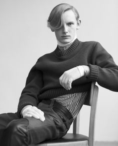 'Individuals' (Varón Magazine), shot by Nacho Pinedo and styled by Hugo Lavín.