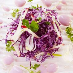 Salade de chou rouge aux pommes sauce yaourt /Cliquez sur la photo pour lire la recette