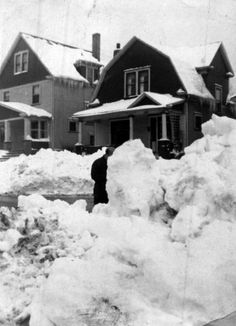 Snow storm of 1952-1953 / Youngstown, Ohio