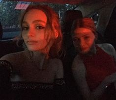 Pin for Later: Bid Adieu to Cannes Style by Taking a Look at These BTS Snaps Lily-Rose Depp Snapped a Dressed-Up Selfie in the Car Lily Rose Melody Depp, Vanessa Paradis, Johnny Depp, Photo Instagram, Instagram Fashion, Selfies, Cool Kidz, Teenage Dream, Bff Pictures