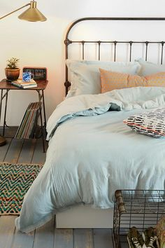 7. 4040 Locust Frayed Edge Duvet Cover #urbanoutfitters // I want my small space to be AWESOME. I entered the #UrbanOutfitters Pin A Room, Win A Room Sweepstakes! #smallspace