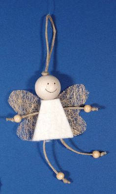 In this DIY tutorial, we will show you how to make Christmas decorations for your home. The video consists of 23 Christmas craft ideas. Christmas Angel Crafts, Christmas Decorations For Kids, Diy Christmas Ornaments, Diy And Crafts, Christmas Crafts, Crafts For Kids, Large Christmas Baubles, Christmas Makes, Kids Christmas