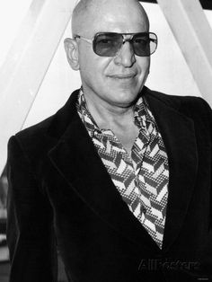 Telly Savalas Greek Actor 1975 Fotografie-Druck bei AllPosters.de