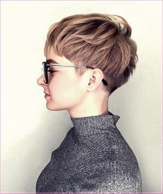 Short haircuts 50 photos and trends 2020 trend kurz Short haircuts 50 photos and trends Haircuts Straight Hair, Girls Short Haircuts, Curly Hair Cuts, Haircuts With Bangs, Curly Bob Hairstyles, Medium Hair Cuts, Short Hairstyles For Women, Short Hair Cuts, Medium Hair Styles