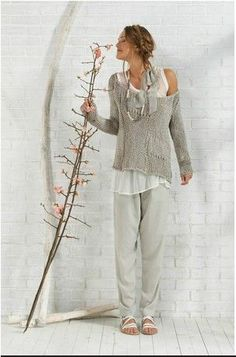 - Get inspired and find your own unique style for woman of all ages. Casual interesting and cool fashion. Real clothes for real women, streetwear. Mode Hippie, Hippie Chic, Bohemian Style, Boho Chic, Mode Style, Style Me, Estilo Hippy, Look Fashion, Womens Fashion