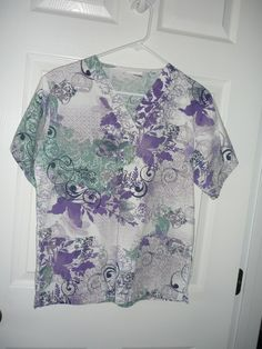 328d37a9237 Extra Off Coupon So Cheap Pre-owned Women's Scrub Top Size Small  Multi-Color Purple Green by UA Scrubs