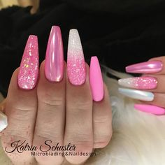 32 Extraordinary White Acrylic Nail Designs to Finish Your Trendy Look - Pink an. - 32 Extraordinary White Acrylic Nail Designs to Finish Your Trendy Look – Pink and White Acrylic N - Sparkle Acrylic Nails, Oval Acrylic Nails, Cute Acrylic Nail Designs, Almond Acrylic Nails, White Nail Designs, Oval Nails, Pink Sparkle Nails, Almond Nails Pink, Pink White Nails
