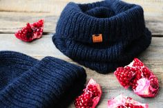 Hat and scarf deep blue color