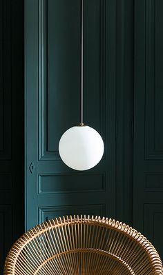 A low hanging spherical pendant Interior Lighting, Modern Interior Design, Interior Styling, Piece A Vivre, Tap Room, Wall Treatments, Scandinavian Interior, Victorian Homes, Interior Inspiration