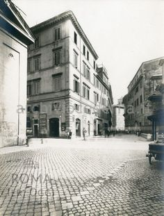 Give this a read 👉 Via della Croce Bianca (1930) https://www.romaierioggi.it/via-della-croce-bianca-1930/?utm_campaign=crowdfire&utm_content=crowdfire&utm_medium=social&utm_source=pinterest