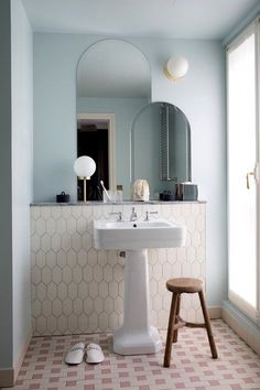 Minimal Bathroom #home #style Bathroom Inspo, Art Deco Bathroom, Bathroom  Inspiration,