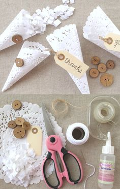 DIY confetti voor de bruiloft, maar dan stijlvol! #inspiratiebruiloft #trouwen #confetti DIY Doily Cones (Perfect for Wedding Gift)