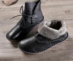 Items similar to Handmade Women Black Warm Leather Boots,Ankle Boots for Winter,Oxford Women Shoes, Flat Shoes with Plush Inside, Black Booties on Etsy Oxford Shoes Outfit, Casual Oxford Shoes, Women Oxford Shoes, Casual Heels, Latest Shoe Trends, How To Make Shoes, Brown Leather Boots, Leather Shoes, Black Booties