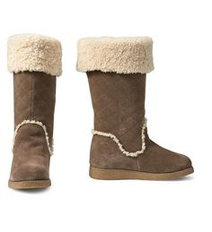 Eddie Bauer Women's Quilted Pull-On Shearling Boots for $42 (were 199.99)  EddieBauer.com  /size 9