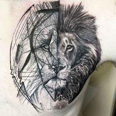 . Der brasilianische Tätowierer Frank Carrilho verwandelt geometrische Skizzen in eindrucksvolle Tattoo-Motive. Viele seiner Arbeiten erinnern in seinen Grundzügen an Tätowierer wie Bicem Sinik oder Dr Woo. Auch Carrilho bedient sich filigraner Linien und klare B&G Designs. Nach seinen ersten Pro…