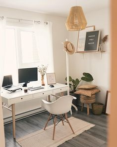[New] The 10 Best Home Decor (with Pictures) - Now there's a desk we'd be excited to work at! Cozy Home Office, Home Office Setup, Home Office Space, Home Office Design, Office Inspo, Study Room Decor, Home Decor Bedroom, Workspace Inspiration, Room Inspiration