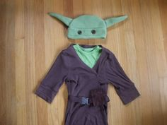 I was looking for a yoda costume to make for Aiden...I think that I found it!