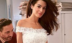 See George Clooney and Amal Alamuddin Gallivant Around Venice During Their Wedding Weekend Most Expensive Wedding Dress, Unconventional Wedding Dress, Wedding Dress Pictures, Wedding Photos, George Clooney Amal Alamuddin, Wedding Expenses, Wedding Weekend, Wedding Beauty, Designer Wedding Dresses