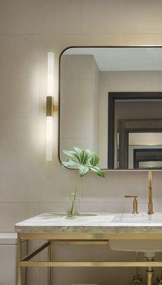 bathroom | mirror | lighting | 11 Howard Hotel