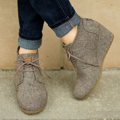 Toms Desert Wedge in Brown Herringbone - I'm waiting for mine to come in the mail!