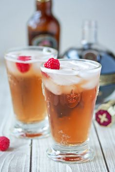 Fizzy Ginger beer, combined with posh raspberry Chambord, club soda and a splash of vodka make up this fresh and fruity cocktail.
