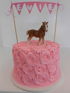 For that special girl who loves horse, why not through her a pony party. Cowgirl Cakes, Cowgirl Party, Bday Girl, Birthday Cake Girls, Horse Birthday Cakes, 4th Birthday, Birthday Ideas, Birthday Candy, Pony Party