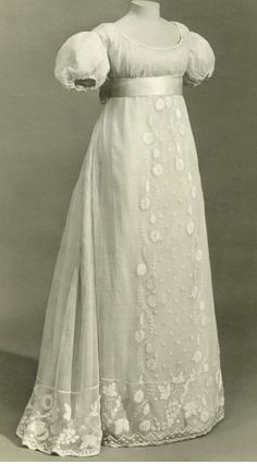 1000 Images About Historical Fashion 1800 1815 Empire On Pinterest Muslin Dress Regency And