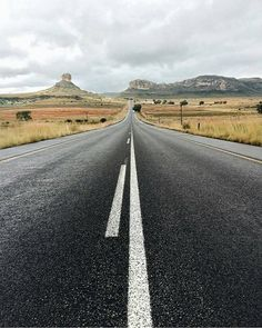 The drive from Fouriesburg to Clarens. Photo by Capturado por southafrica Free State, On The Road Again, Afrikaans, Far Away, Cape Town, Places Ive Been, Cry, South Africa, Road Trip