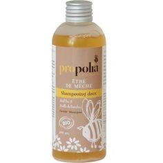 Shampooing doux Bio être de mèche de Propolia donne volume et légèreté pour la beauté des cheveux au naturel. Ce shampoing hydratant et protecteur des cheveux fragiles ne pique pas les yeux !