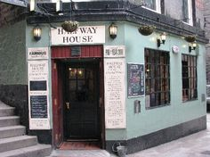 Smallest pub in Scotland. Edinburgh. Great wee pub