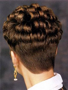 Short Wedge with Defined Curls.love to see Glossy defined curls, sexy short nape and pretty dangley earings on a cute guy Short Permed Hair, Wavy Hair, Short Hair Cuts, New Hair, Formal Hairstyles For Long Hair, Wedge Hairstyles, Permed Hairstyles, Wedge Haircut, Forced Haircut