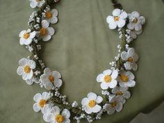 Daisy Oya Crochet Lace Necklace - Traditional Turkish Oya
