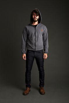 Comfort Zipper Sweater   Black & Black T-Shirt   Skinny Jean